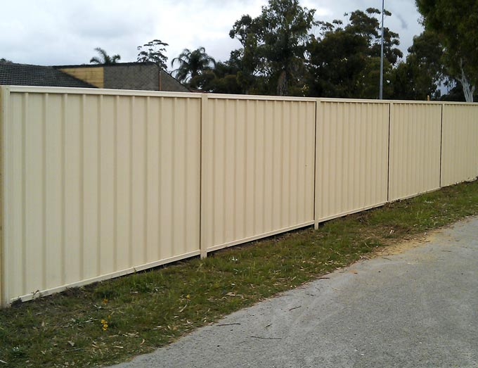 Colorbond Fencing In Perth From Crazy Pedros Fencing