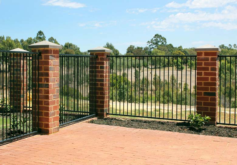 Decorative fencing garden in perth wa by crazy
